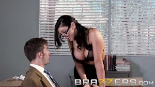 BRAZZERS – Big Tits teacher Audrey Bitoni is here for The Big Things in Lif