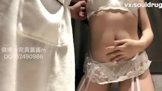 Sexy Chinese Girl Fucks Sex Machine and Her Man