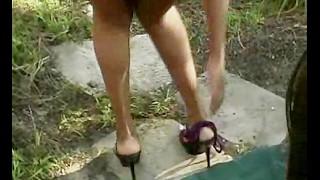 Ebony sloppy outdoor blowjob